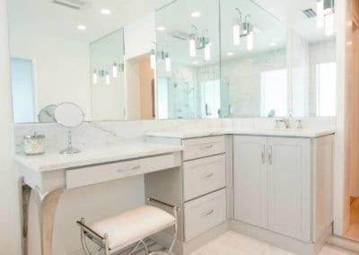 Kabinart-All-Wood-Cabinetry-in-bathroom-4