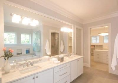 Kabinart-All-Wood-Cabinetry-in-bathroom-5